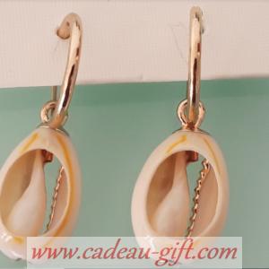 Boucle d'oreille coquillage livraison Madagascar