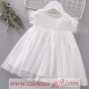 Robe blanche tulle dentelle pour bébé Antananarivo